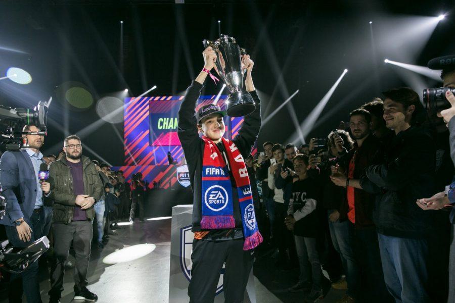 Fut Champions Cup Barcelonada şampiyon Dhtekkz