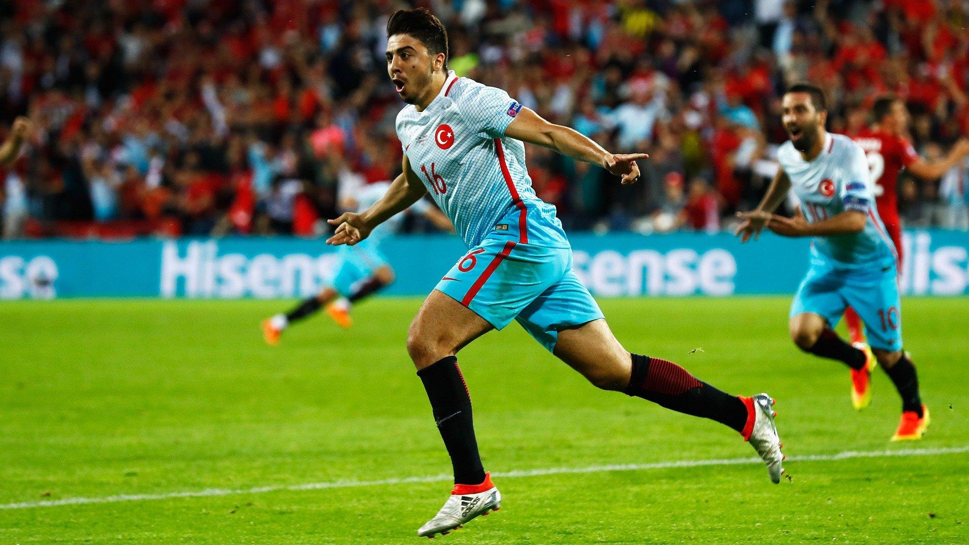 Ozan Tufan'ın FIFA 21 kartı belli oldu