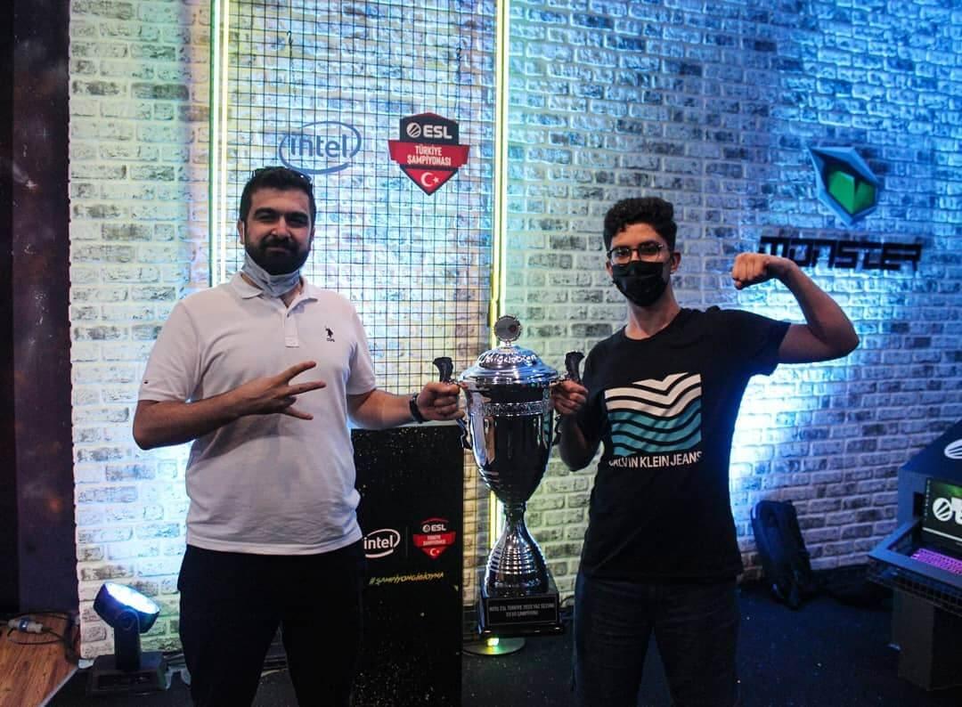 Hamza Sönmez, Sangal Esports taraftarlarına seslendi
