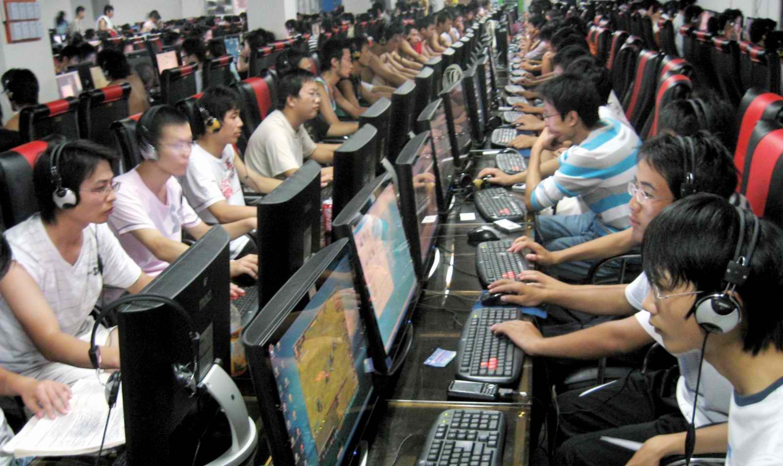 Çin oyunculara kısıtlama getiriyor