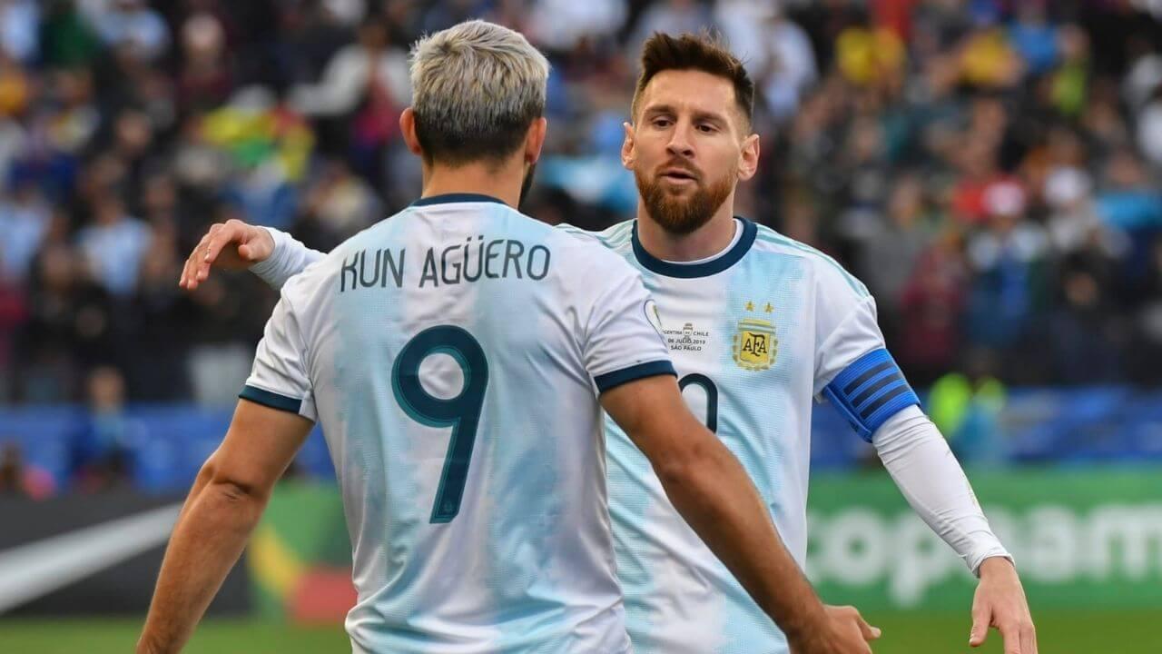 Sergio Agüero, Messi'ye kafa dağıtması için espor takımını anlatmış